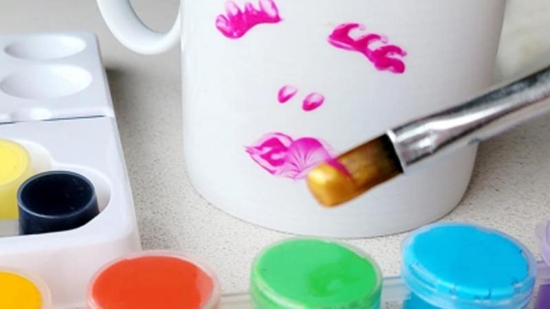 School Holiday Art: Painting Mugs